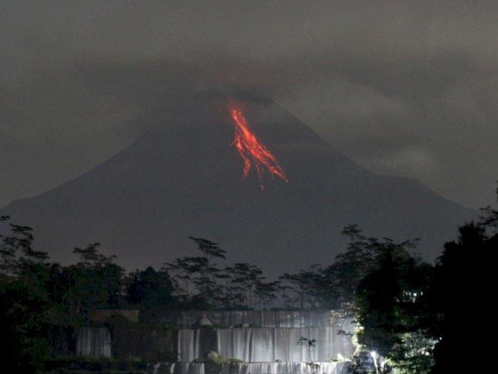Hari Ini, Gunung Merapi Luncurkan 3 Kali Guguran Lava Pijar Sejauh 900 Meter