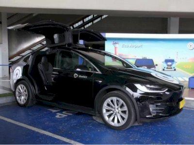 Canggih! Bandara Soekarno-Hatta Hadirkan Taksi Listrik Tesla