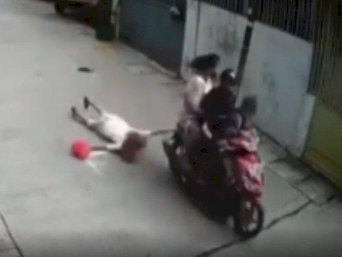 Pria yang Melakukan Penjambretan Sambil Bonceng Anak dan Istri Akhirnya Ditangkap