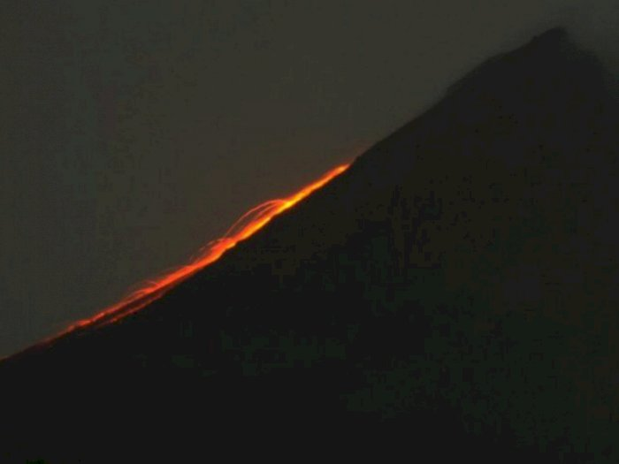 Pagi Ini, Gunung Merapi Luncurkan 9 Kali Guguran Lava Pijar Sejauh 1 Km