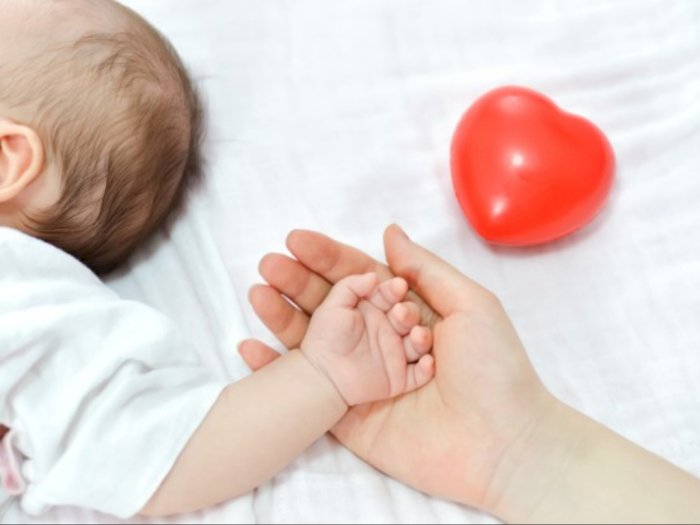 Divaksin saat Hamil, Seorang Wanita Lahirkan Bayi dengan Antibodi Covid-19