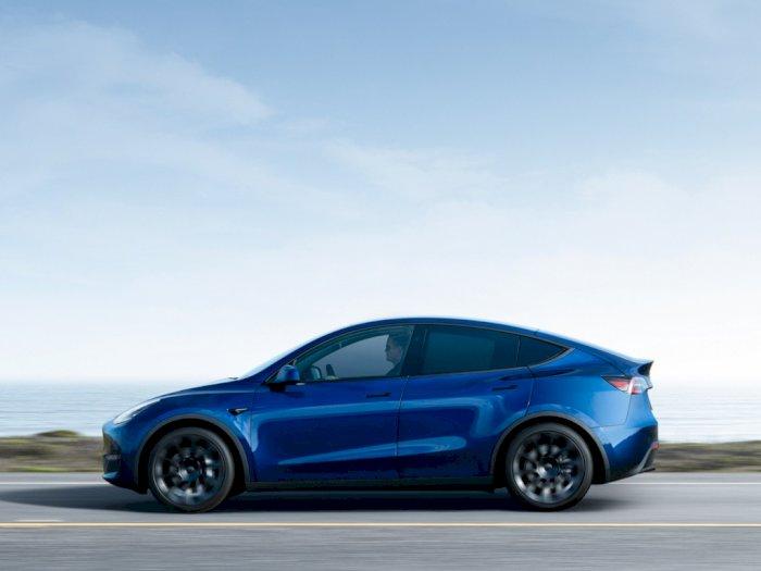 Pembeli Mobil Tesla Ini Membayar Dua Kali dan Tidak Mendapatkan Apa-Apa!