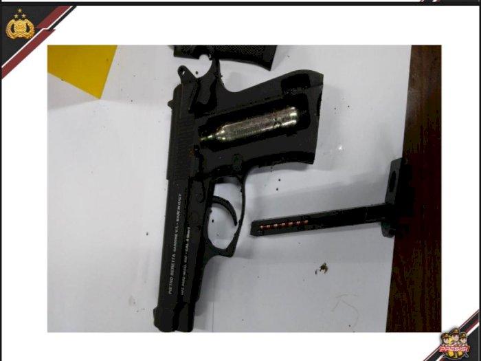 Terungkap! Senjata Zakiah Aini saat Serang Mabes Polri Ternyata Berjenis Air Gun 4,5MM