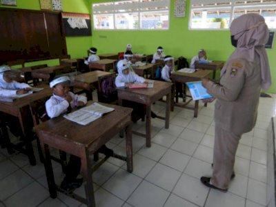 Soal Pembelajaran Tatap Muka, Legislator: Harus Berhati-hati