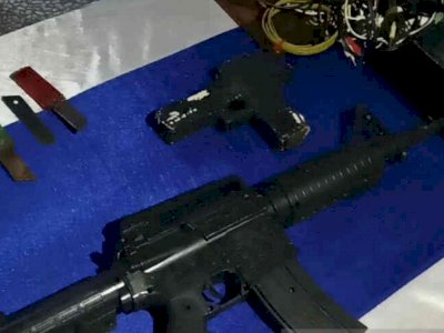 Petugas Gelar Razia di Lapas Cirebon, Warga Binaan Miliki Senjata Api dan Pistol Mainan