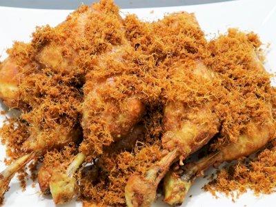 Yuk Kita Santap Ayam Goreng Laos Yang Gurih Dan Lezat, Begini Resepnya!