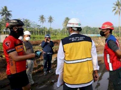 Sambil Gowes, Gubernur Jawa Tengah Jadi Mandor Proyek Penataan Borobudur