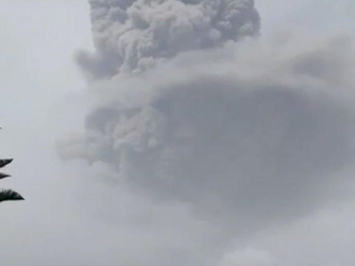 FOTO: Gunung Berapi La Soufriere Meletus