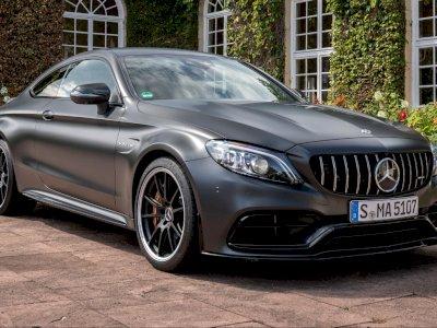 Sistem Hibrida dari Mercedes-AMG Dapat Diisi Ulang Setelah Nge-drift!