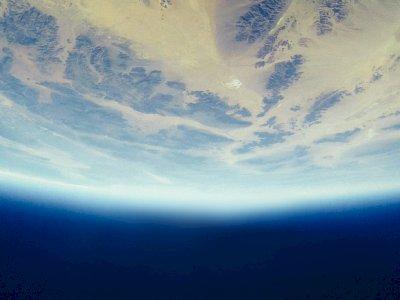 Studi: Memantulkan Sinar Matahari Kembali ke Luar Angkas Buat Bumi Jadi Lebih Dingin!