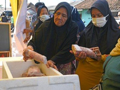 FOTO: Operasi Pasar Daging Perum Bulog