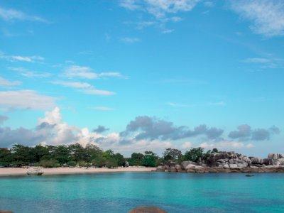 Mantap! Pemprov Bangka Belitung Pasang Wi-Fi Gratis di 14 Destinasi Wisata