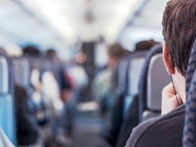 Studi: Kursi Tengah Pesawat Dibiarkan Kosong Mengurangi Risiko Penyebaran Virus Corona
