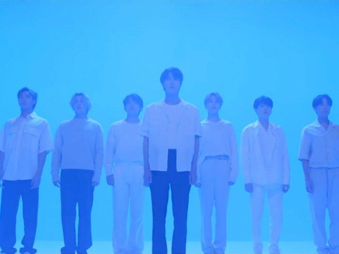 Keren! Lagu Film Out BTS Raih 10 Juta Stream di Oricon