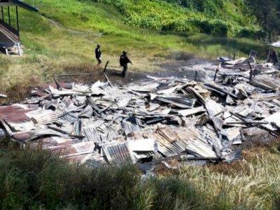 Kronologi Pembakaran Honai dan Tiga Rumah Guru Oleh KKB Beoga di Papua