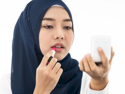 Tips Make Up Simpel Tapi Fresh Selama Puasa, Bye-bye Wajah Pucat