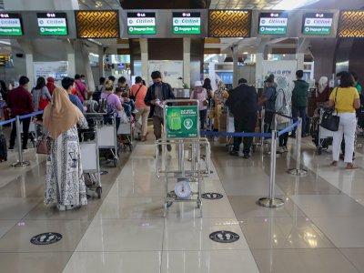 Mudik Dilarang, Ratusan WN India Malah Masuk Indonesia, Padahal sedang 'Tsunami Covid-19'