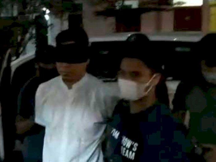 TAKTIS Klaim Kuasa Hukum Kesulitan Bertemu dengan Munarman di Polda Metro Jaya