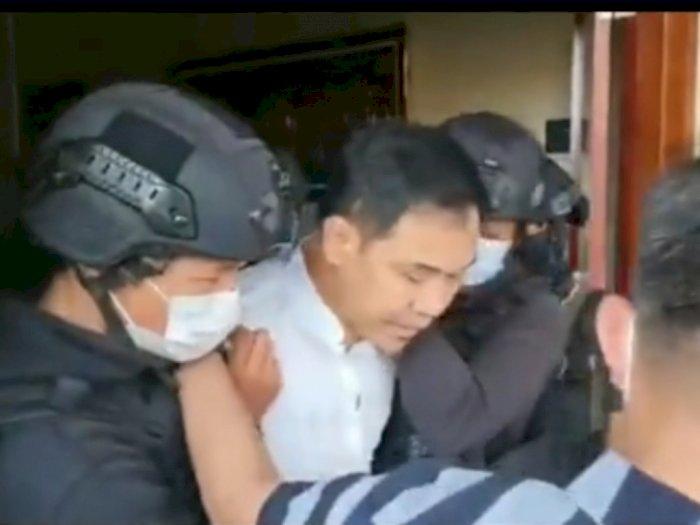 DPR Bakal Kawal Kasus Penangkapan Munarman Terkait Terorisme