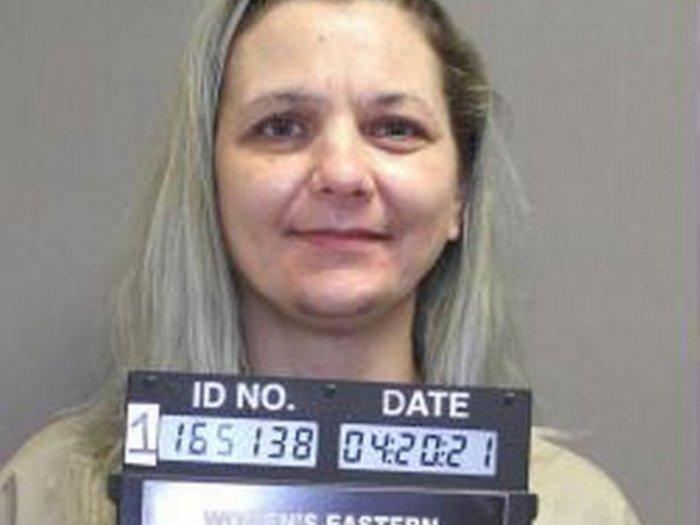 Wanita Ini Seludupkan Pistol di Dalam Vaginanya ke Penjara