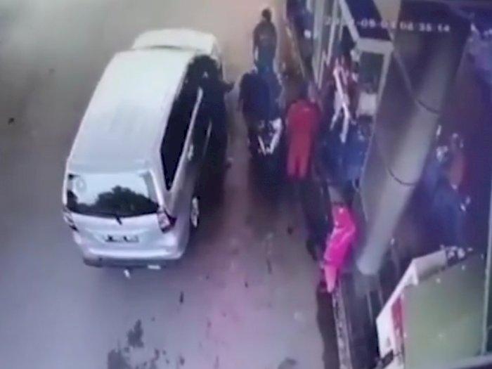 Polda Banten Turun Tangan Cari Pria Viral Ngaku Polisi yang Ancam Tembak Warga