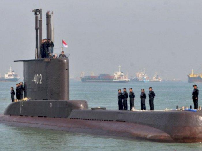 Guntur Romli: Patungan Kapal Selam Baiknya Untuk Bayar Nasabah Investasi Bodong 212 Mart