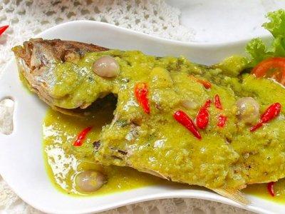 Coba Buat Pesmol Ikan Kuwe Yuk, Begini Resepnya