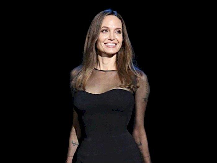 Film Ini Menjadi Terapi Bagi Artis Angelina Jolie Pasca Bercerai Dari Brad Pitt