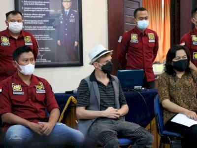 Bule Viral yang Buka Kelas Yoga Orgasme di Bali Akhirnya Dideportasi