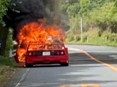 Satu Unit Ferrari F40 Langka Alami Kebakaran di Jepang!