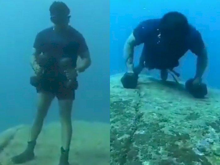 Akibat Pandemi Covid-19, Pria Ini Gunakan Cara Unik dengan Berolahraga di Dalam Air
