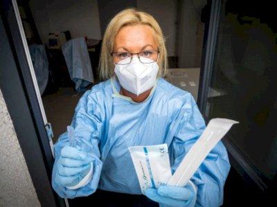 Pekerja Seks Turun Tangan Menyelamatkan Vaksin Jerman yang Amburadul