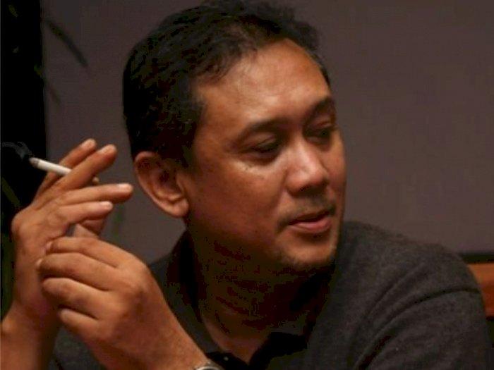 Motif Denny Siregar Tega Berdoa Bertemu Ribuan Bidadari Saat Duka Ustaz Zulkarnain Wafat