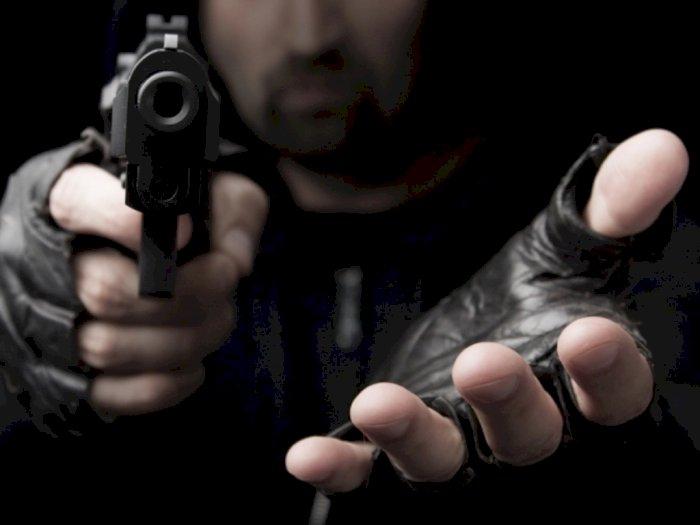 Pedagang di Bukittinggi Dirampok 3 Pria Bersenjata Api, Emas dan Uang Rp200 Juta Dilarikan