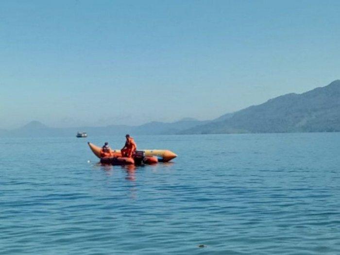 Tim SAR Cari Wisawatan yang Hilang saat Berenang di Danau Toba