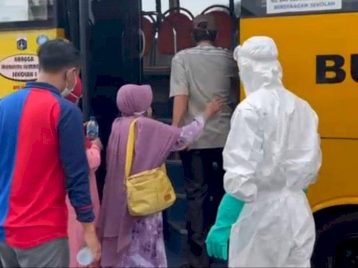 Polisi Temukan 4 Warga Positif Covid-19 Dalam Bus di Pos Penyekatan Cikampek