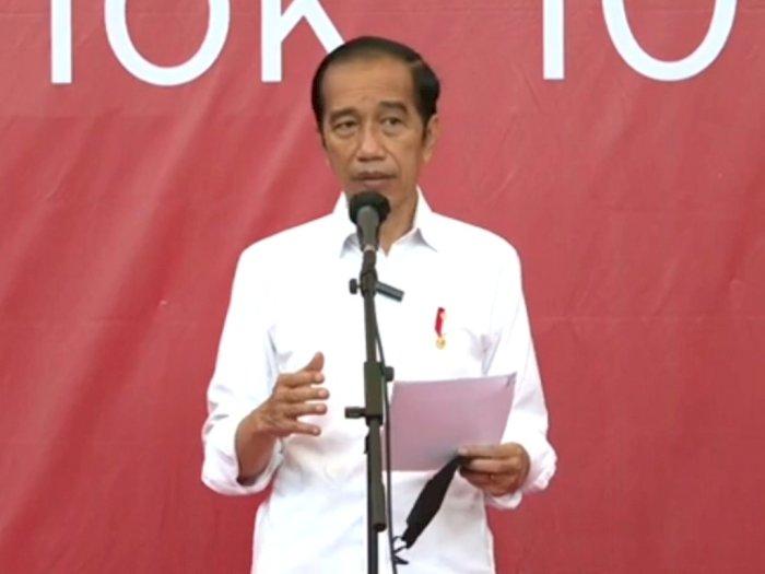 Jokowi Tinjau Ribuan Vaksinasi Covid-19 bagi Pelaku Transportasi di 3 Titik Ini