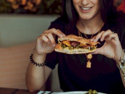 Saran Dokter saat Mengunyah Makanan: Sebaiknya Seimbang di Kedua Sisi Mulut