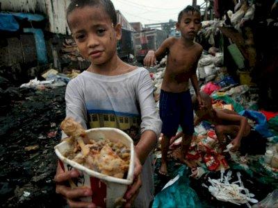 Orang Miskin di Filipina Hidup dari Makan 'Pagpag' Makanan yang Ditemukan di Tempat Sampah