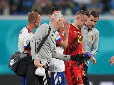 Cedera Rongga Mata Saat Kontra Rusia, Bek Belgia Timothy Castagne Mundur dari EURO 2020