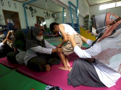 FOTO: Terapi Anak Disabilitas di Aceh Besar