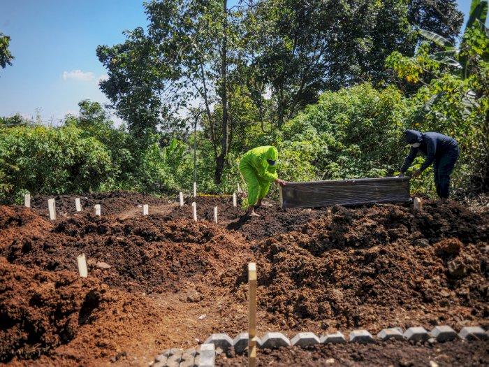 Astaga! 196 Makam Pasien Covid-19 TPU Cikadut Dibongkar, Rupanya 'Dicovidkan' Rumah Sakit