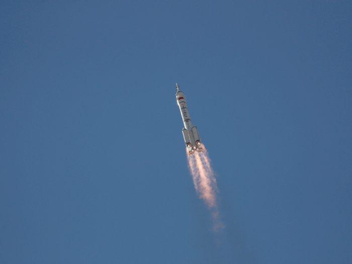 Shenzhou-12 China Diluncurkan untuk Pertama Kalinya, 3 Astronot Dikirim ke Luar Angkasa