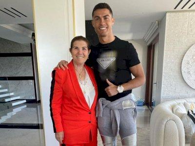 Ibunda Ronaldo Akui Putranya Masih akan Merumput 3 Tahun Lagi: Kondisinya Bagus