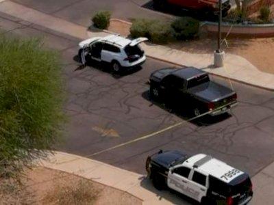Pria Bersenjata Secara Acak Menembak dari Mobil di Arizona, 1 Tewas dan 13 Terluka
