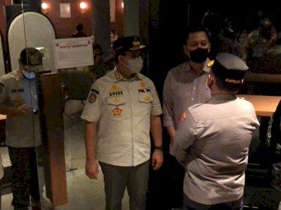 Gubernur DKI, Pangdam dan Kapolda Inspeksi PPKM Malam Ini, Sejumlah Kafe Disegel