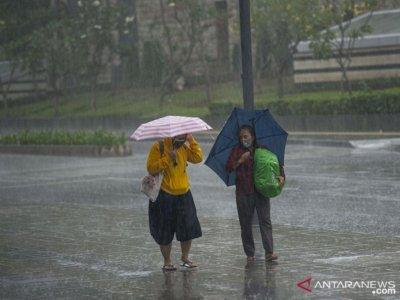 BMKG Prediksi Sebagian Besar Jakarta Hujan Hari Ini
