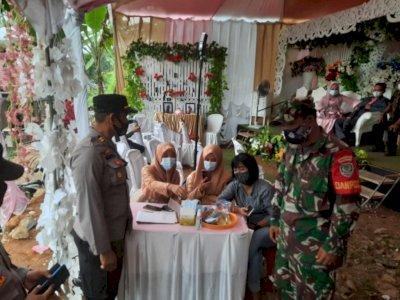 Beda dengan Pernikahan Atta-Aurel, Pernikahan di Sukabumi Ini Malah Dibubarkan Petugas