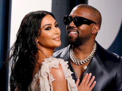 Meski Telah Bercerai, Kim Kardashian Tetap Jadi Penggemar Berat Kanye West