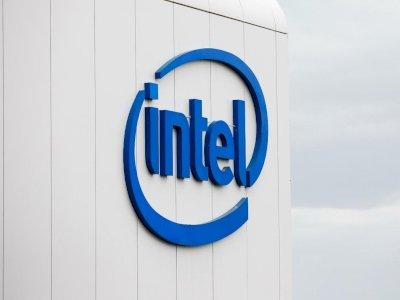 Pangsa Pasar Intel Diprediksi Turun Drastis Gara-Gara Apple dan AMD!